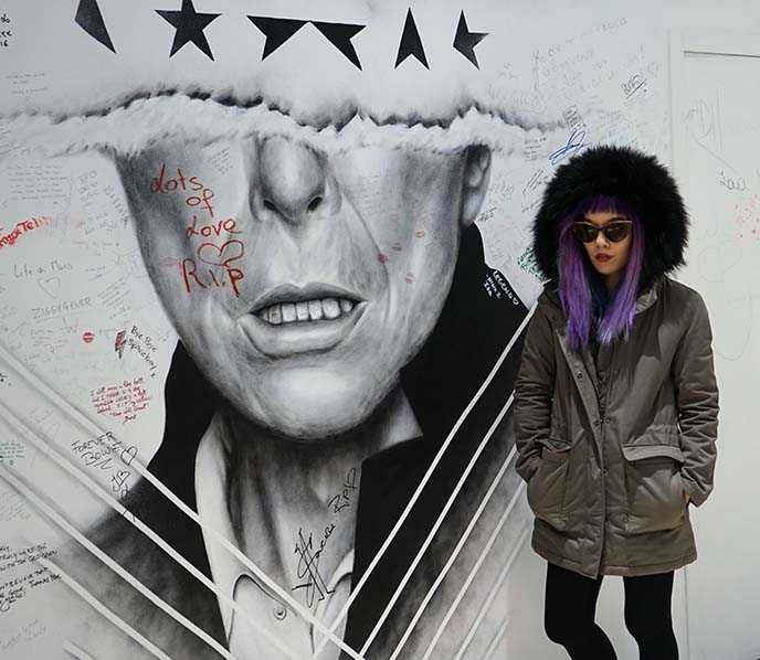david bowie street art, black star