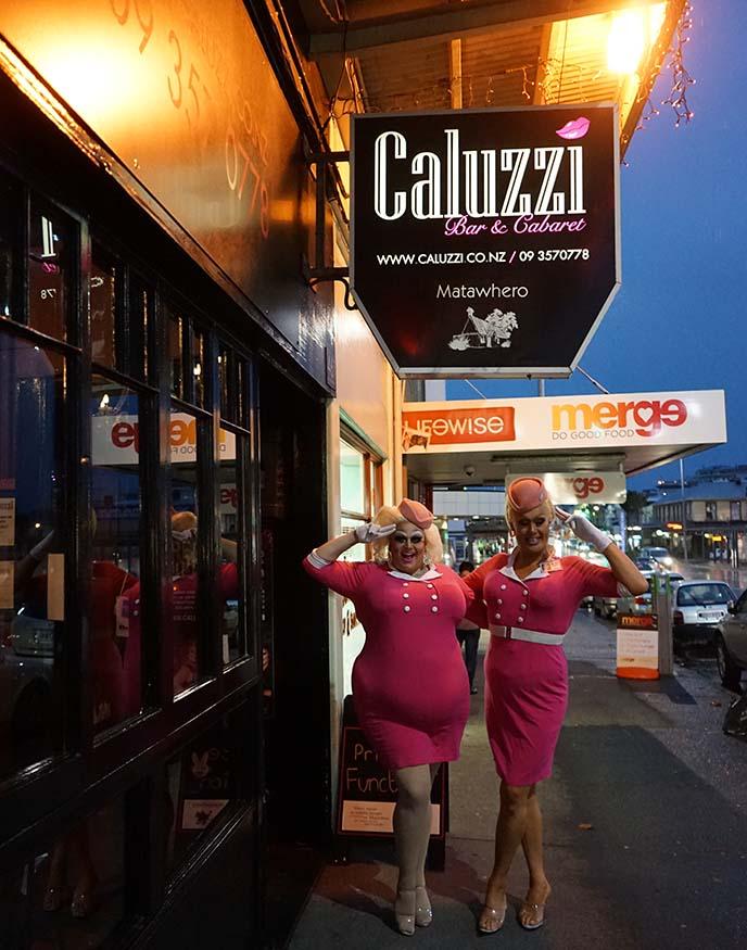 caluzzi drag queen show