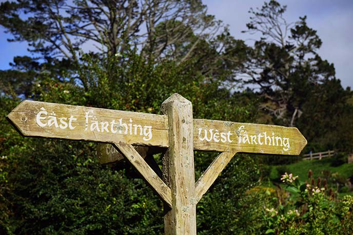 east west farthing sign, hobbiton