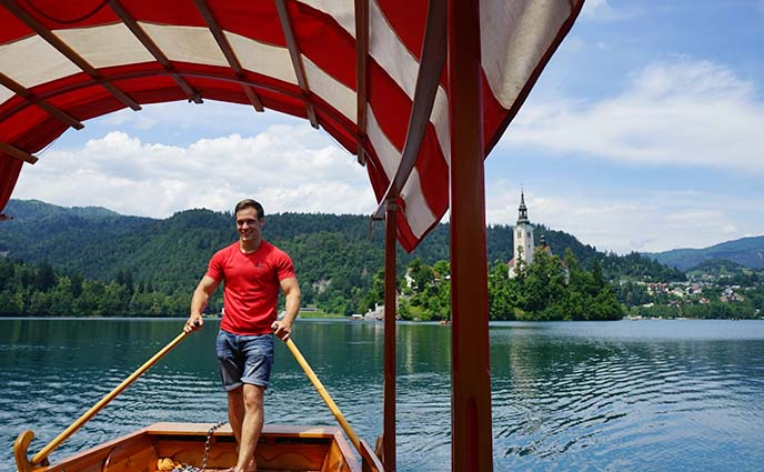 slovenia gondalier, pletna boat