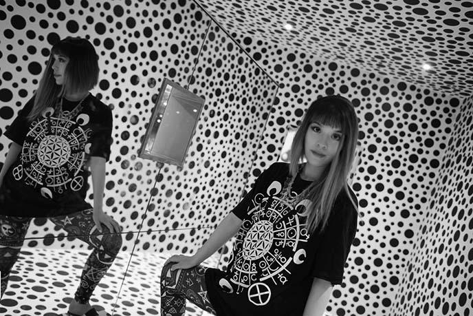 obliteration room, polka dots walls