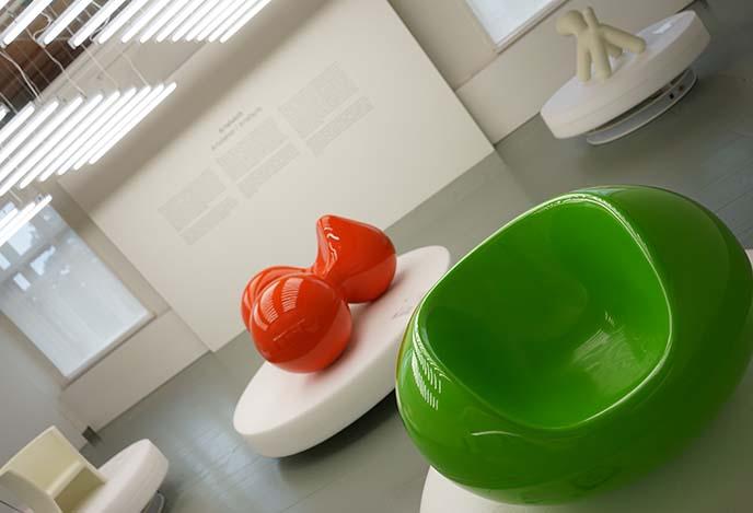eero aarnio pastil chair, tomato