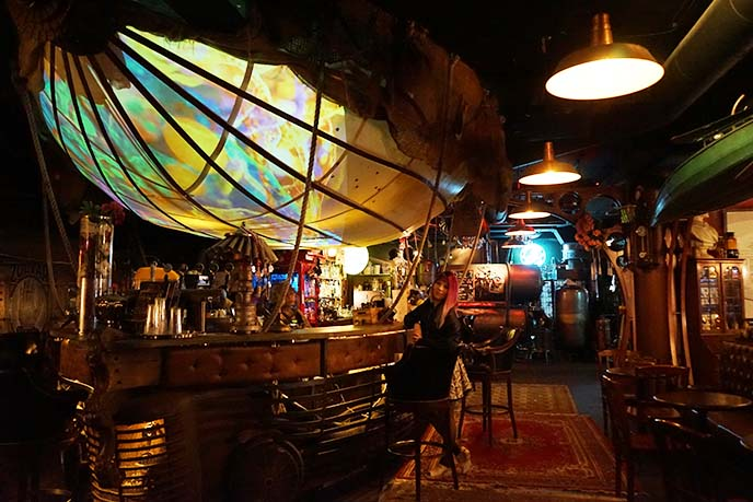 airship steampunk bar design