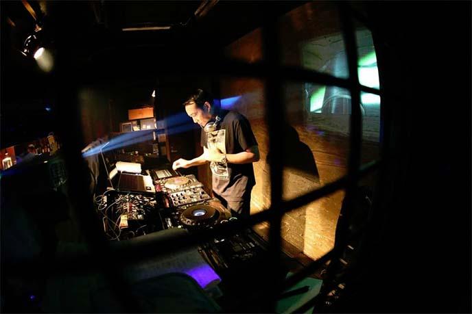 shibuya nightclub, clubbing