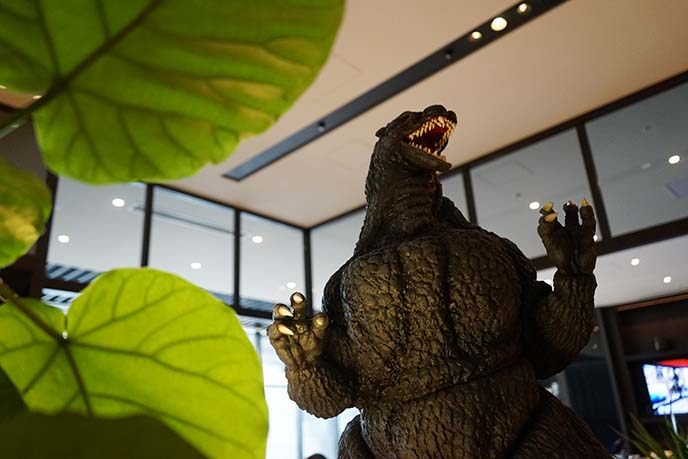 life size godzilla statue tokyo