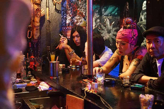 japanese smoking in bars