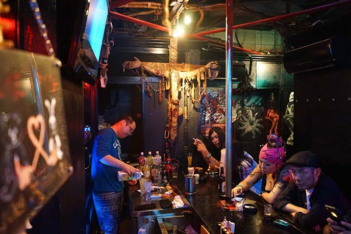 kabukicho weird strange bars