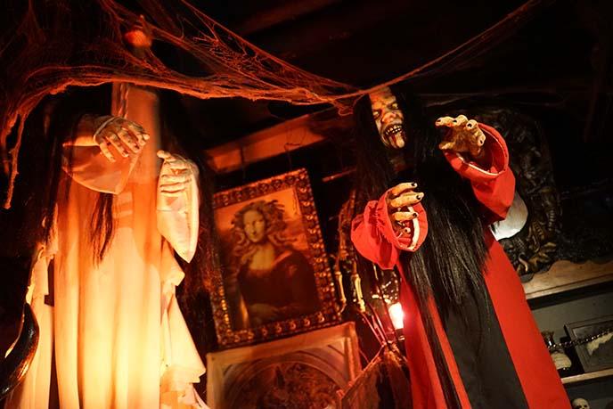 osaka halloween shop, goth store