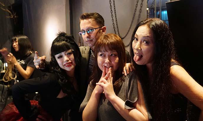 osaka kobe goth clubs parties