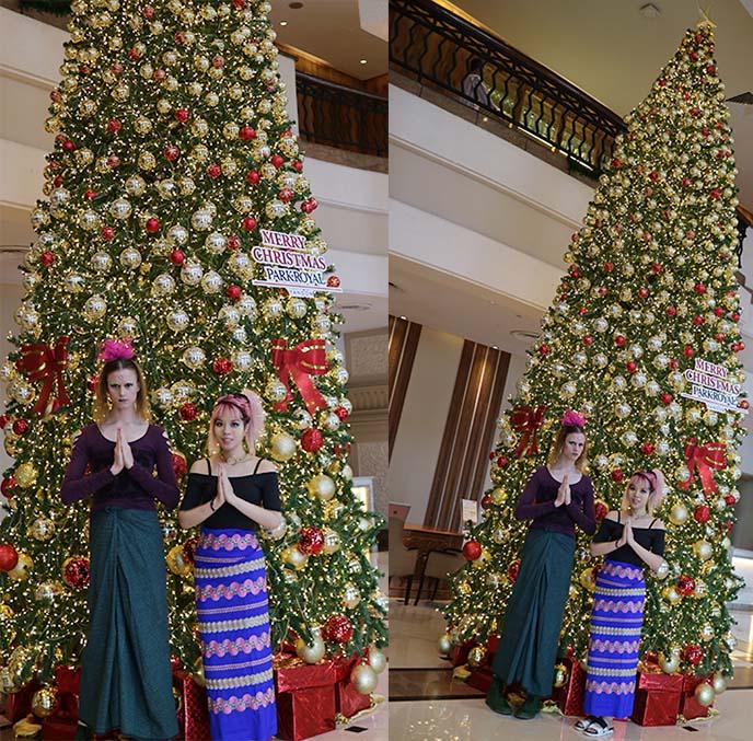 hotel lobby christmas tree