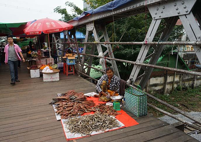 overhead bridge to bogyoke market
