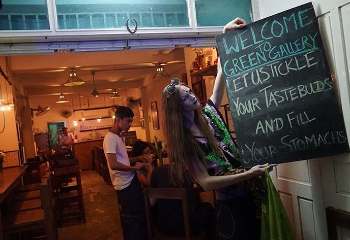 green gallery thai food yangon