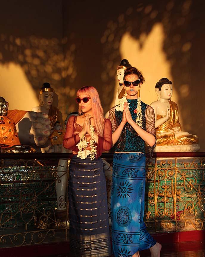 Shwedagon golden temple burma