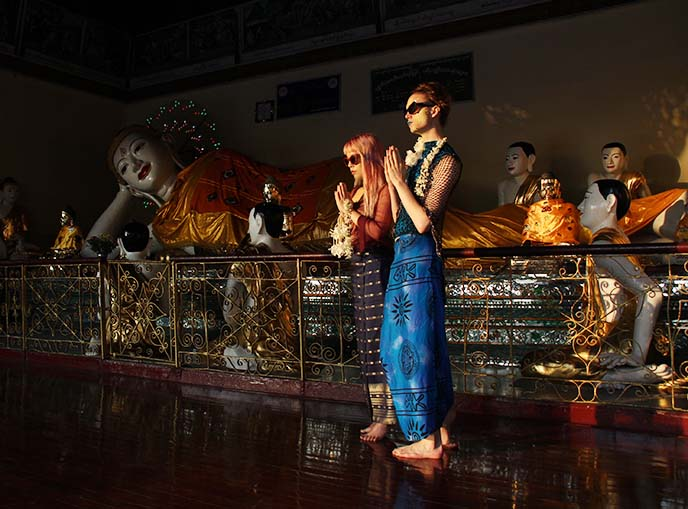 reclining electric buddha statue