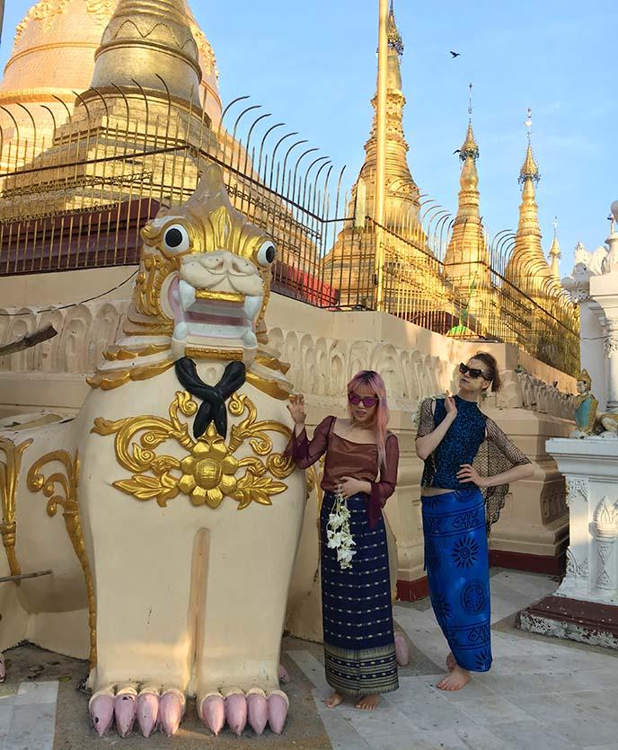 Shwedagon lion statues, protectors