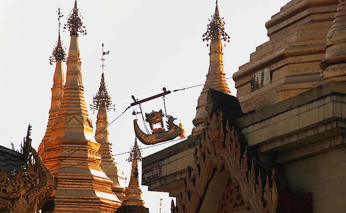 buddhism boat gold ship