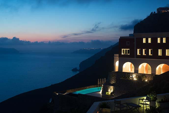 swimming pool santorini hotel