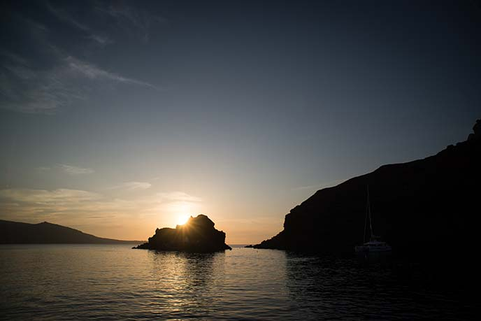 santorini catamaran sunset cruise