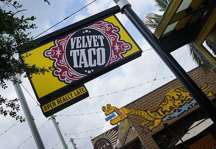 velvet taco restaurant austin