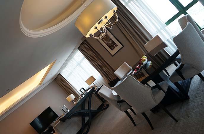 ritz-carlton kuala lumpur luxury suite