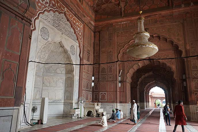 jama masjid mosque interior architecture