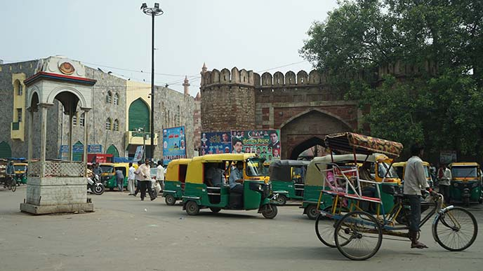 new delhi tuk tuks, tours