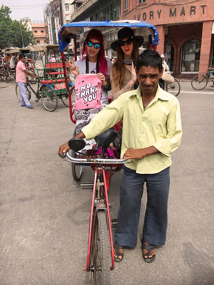 rickshaw ride, old new delhi market