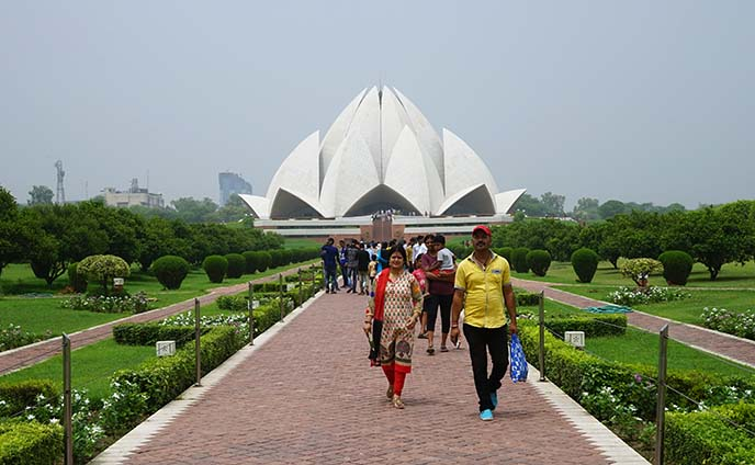 baha'i lotus temple new delhi