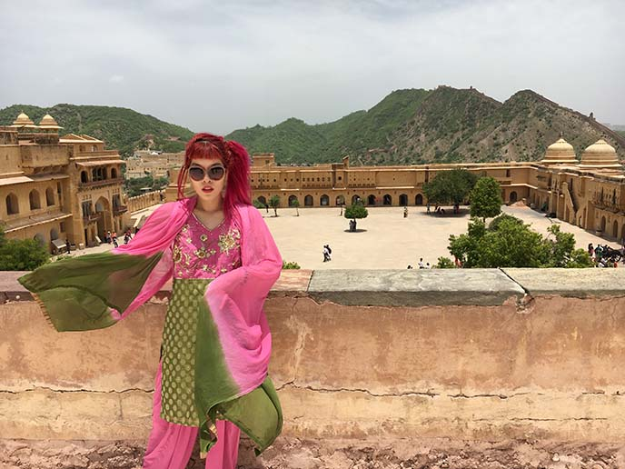 courtyard jaipur india amer fort