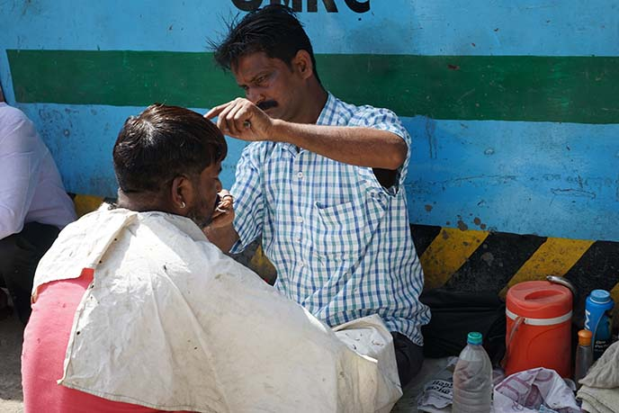 india barber haircut in streets