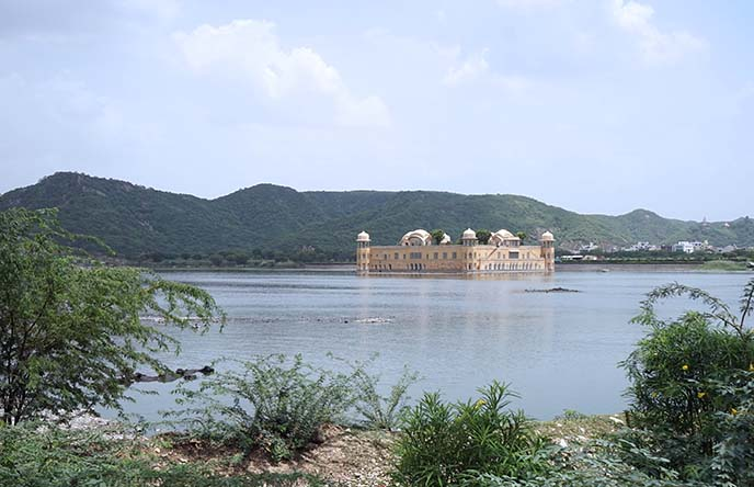 india floating palace