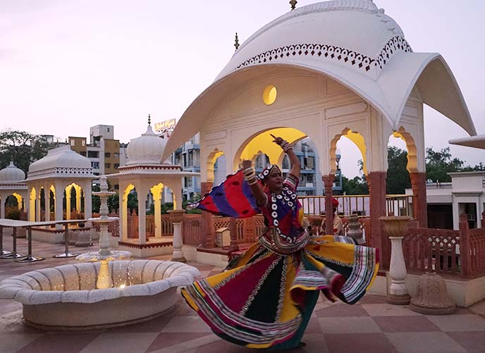 rooftop shahpura house dancer