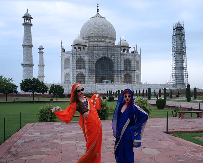 best time of year to visit taj mahal