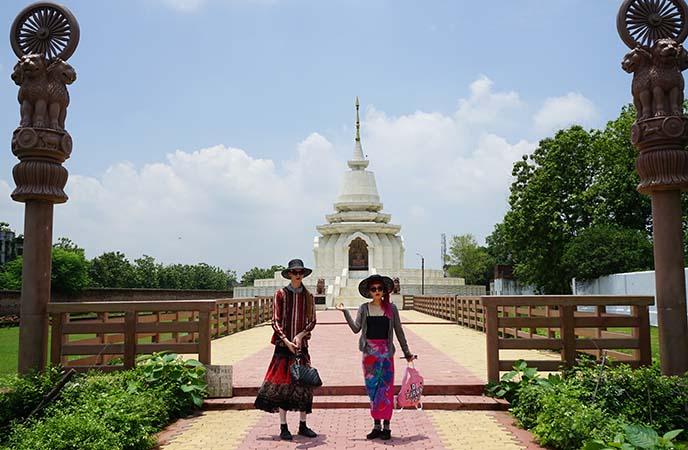 new white buddha temple sarnath