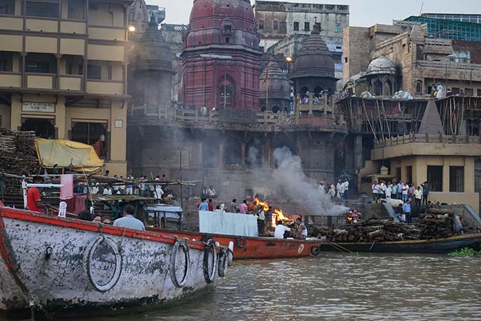varanasi cremation grounds smoke funeral pyres
