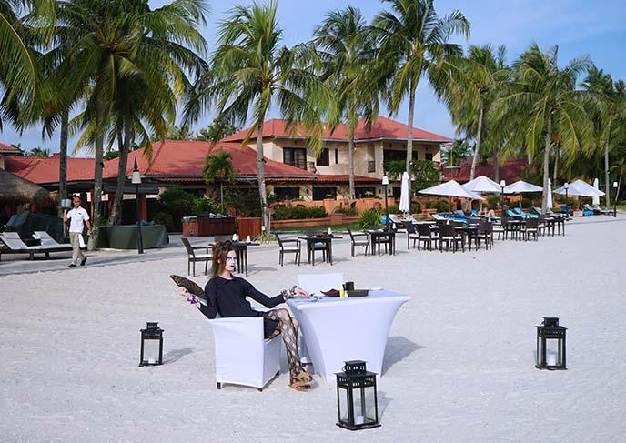 dinner by beach, Pantai Cenang