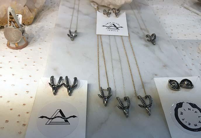 Handmade jewelry store Ritual Ritual