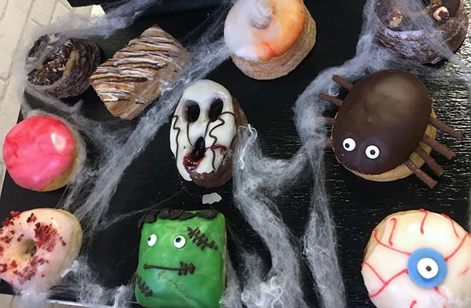 london halloween cute donuts