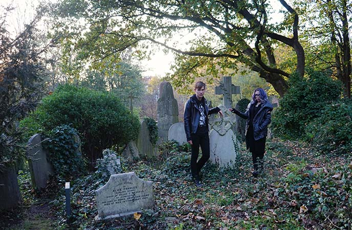 haunted tour london highgate vampire