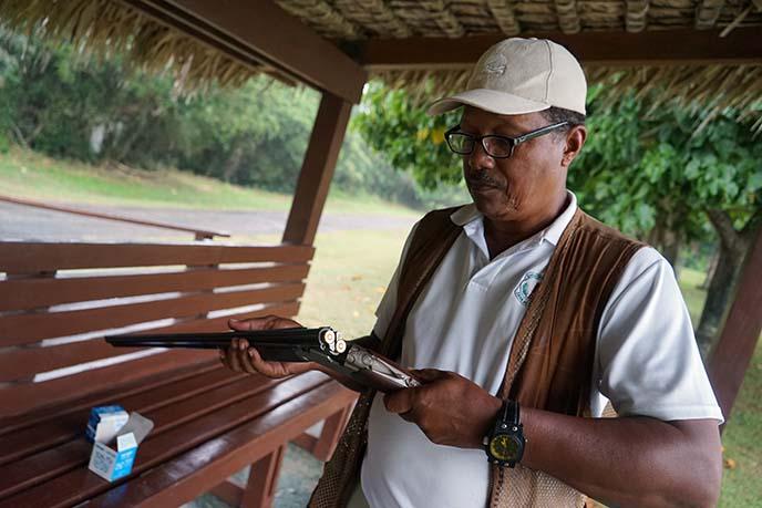 instructor skeet shooting