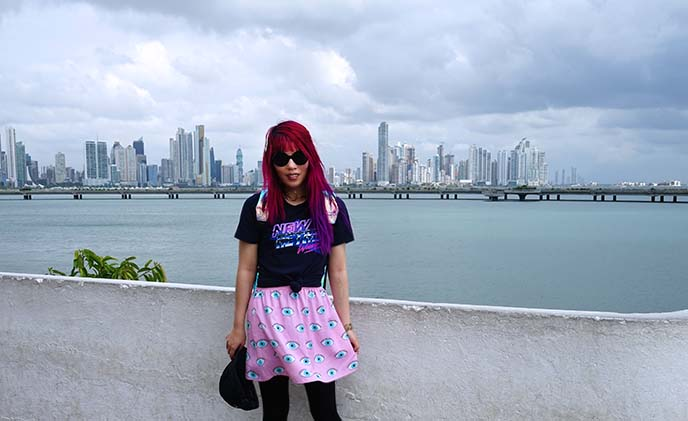 travel blogger panama city, panama skyline waterfront buildings, fashion blogger panama