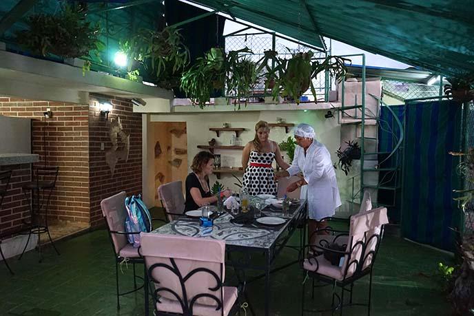 Hostal Habana 101 reviews