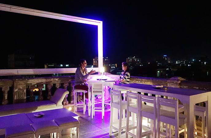 clubbing havana nightlife