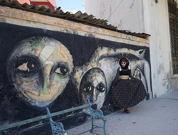 alien art weird bizarre havana