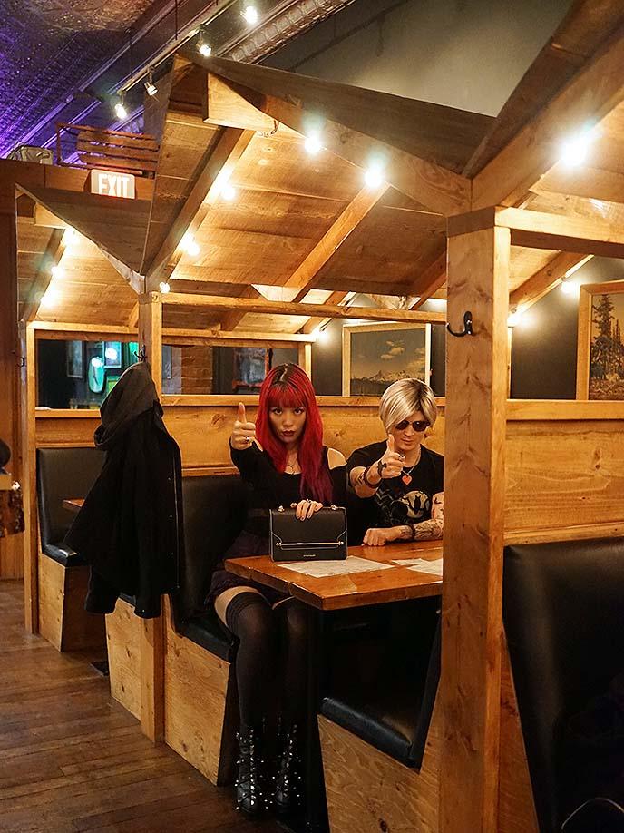 twin peaks travel guide restaurant bar