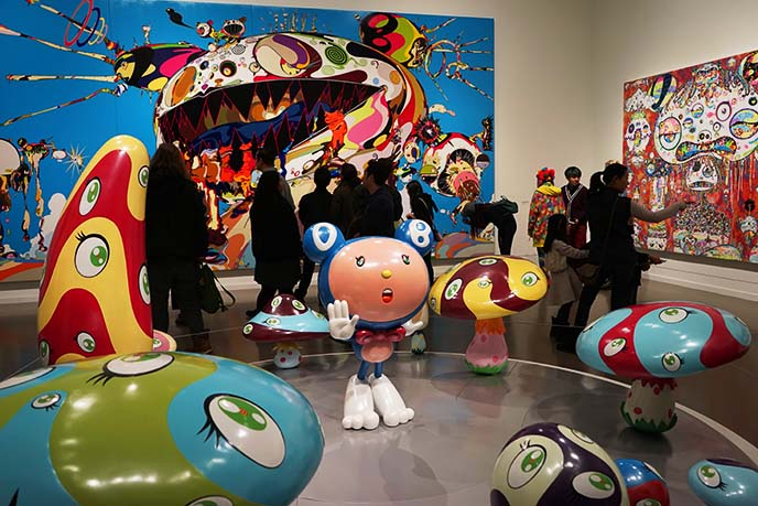 japanese kawaii weird murakami sculptures