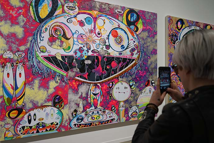 murakami colorful art bears