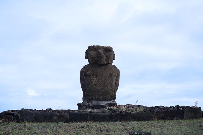 biggest easter island stone head body