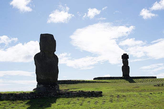 most famous easter island statues