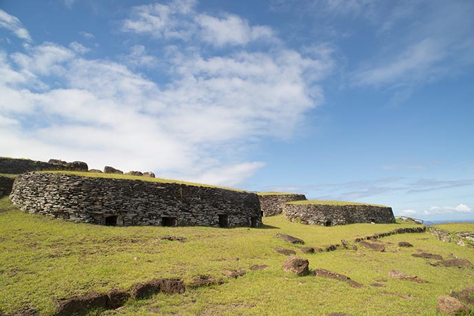 birdman houses easter island tour